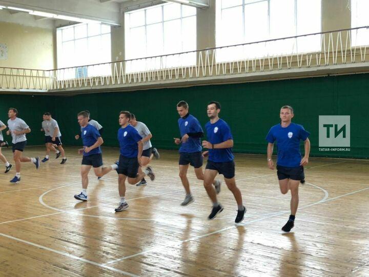 Хоккеисты «Динамо-Казани» провели открытую тренировку настадионе «Ракета»