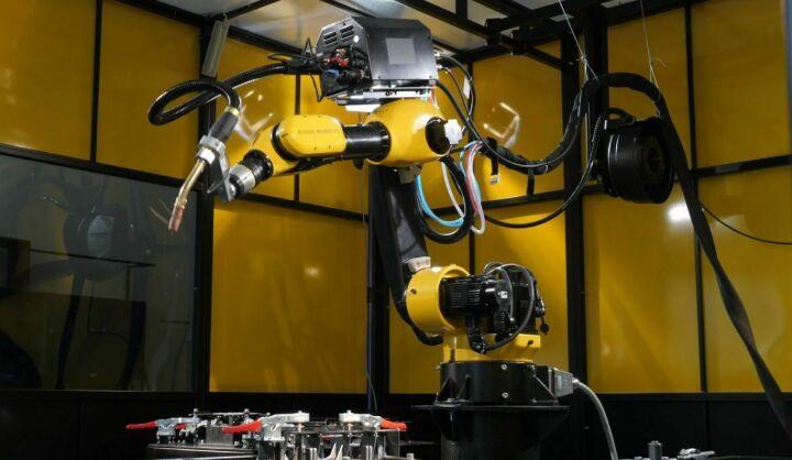 Гендиректор «Эйдос-Робототехника» о роботе в аэропорту Казани: «Мы подобную штуку видели в Токио»