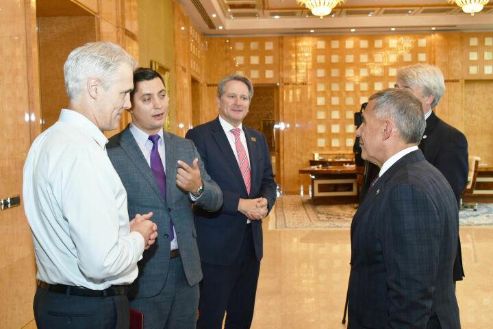 Минниханов обсудил итоги WorldSkills Kazan 2019 с руководством WorldSkills International