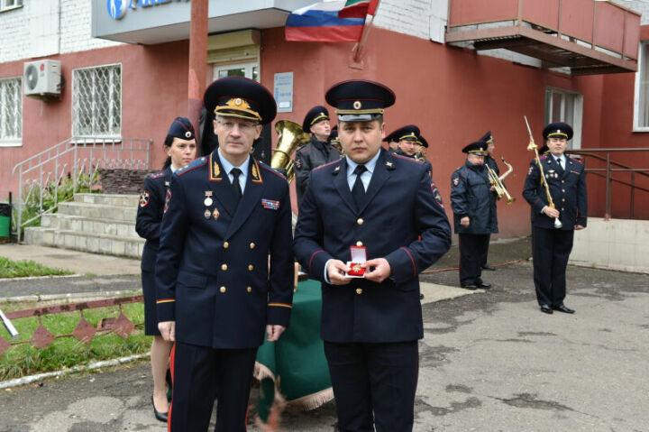 Глава МВД Татарстана наградил полицейских, обеспечивших безопасность во время WorldSkills