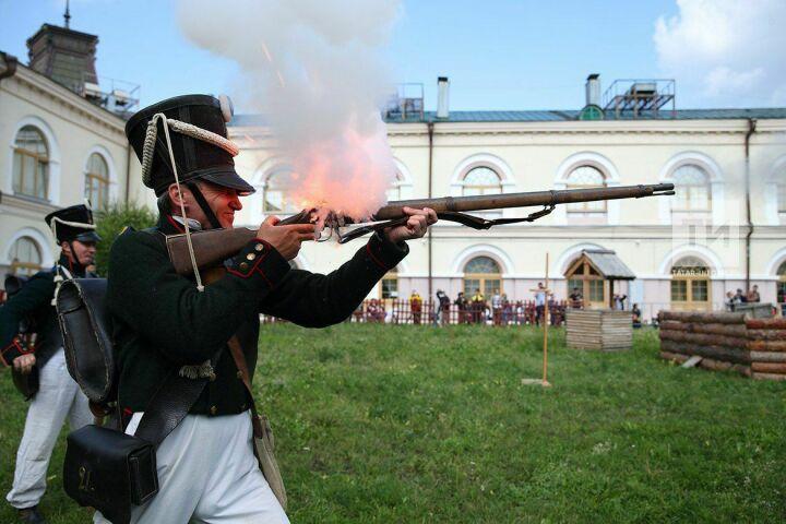 Джигитовка, оборона деревни и квест-игра: в Нацмузее РТ проходит военно-исторический фестиваль