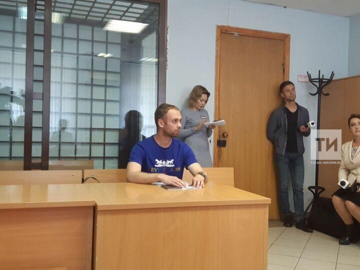 Изрисовавший здания МВД и ДУМ РТ в Казани житель Нижнего Новгорода заплатил за очистку стен