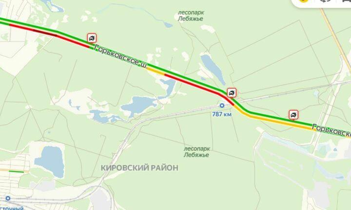 Массовое ДТП стало причиной многокилометровой пробки на Горьковском шоссе на въезде в Казань