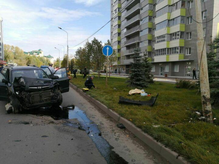 За секунды до ДТП в Казани водителю стало плохо, его жена пыталась вырулить, чтобы спасти пешехода