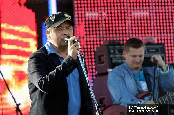 В день выборов в Казани выступят «Любэ» и Диана Арбенина