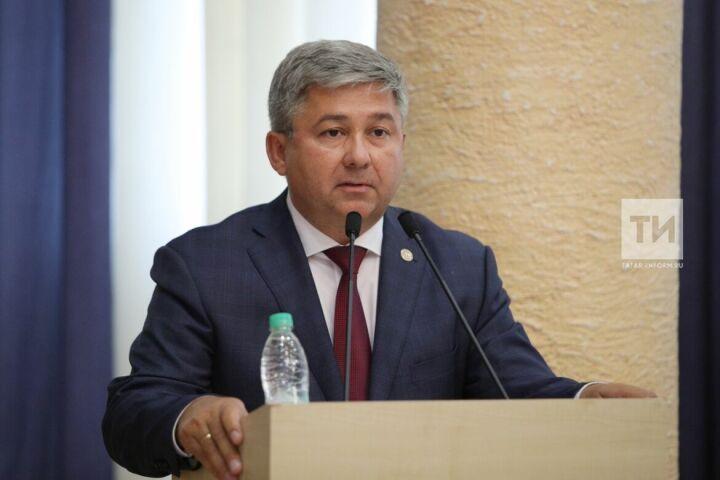 Михаил Афанасьев: Близость к городу дает району кадры, но создает инфраструктурные проблемы