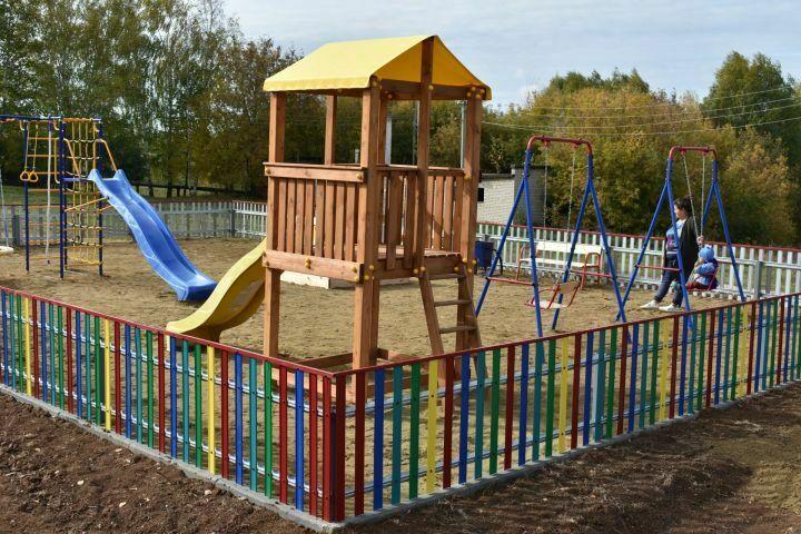 Для маленьких жителей села Белкино в Пестречинском районе открыли игровую площадку