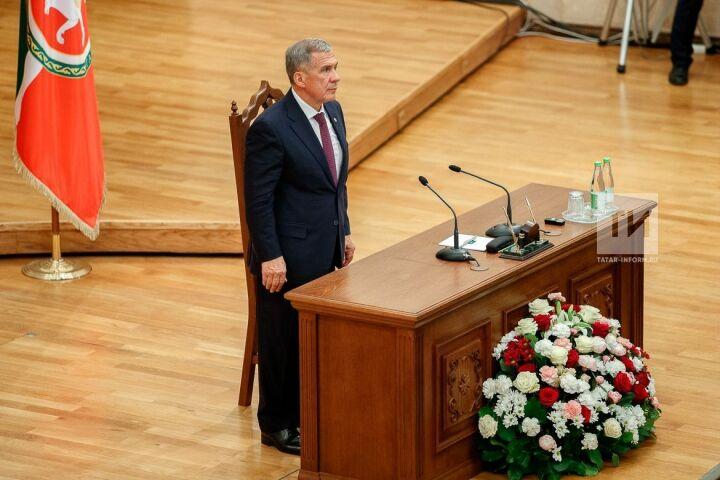 Рустам Минниханов завершил ежегодное послание Госсовету РТ строками Габдуллы Тукая