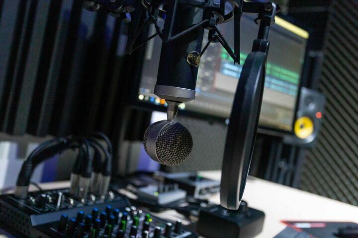 Новая радиостанция начнет вещание в Казани на татарском языке