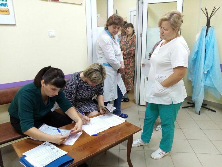 В Зеленодольском роддоме ЦРБ проголосовали 15 пациенток