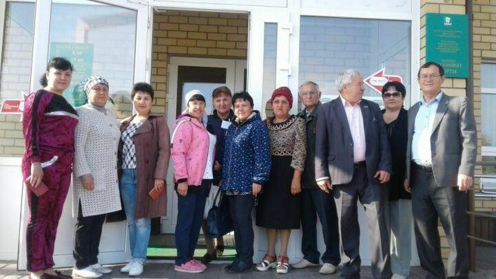 В Нурлатах проголосовали участники песенного коллектива «Жырлы кунель»