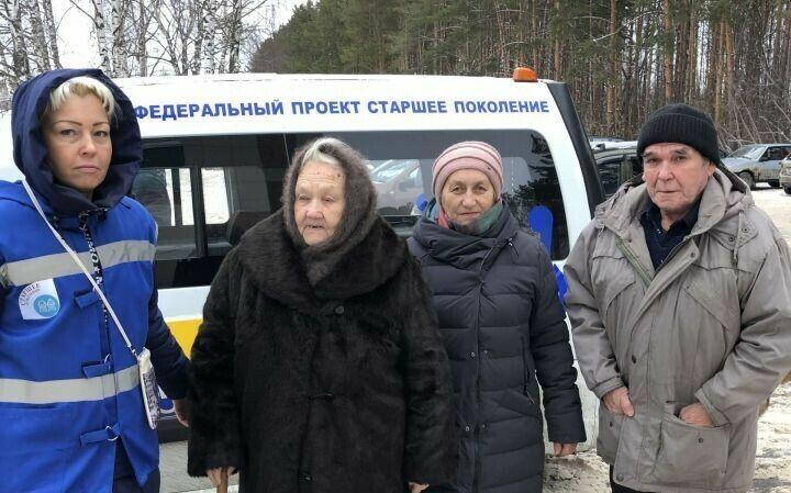 В Верхнем Услоне возобновили доставку пожилых сельчан на скрининги и диспансеризацию