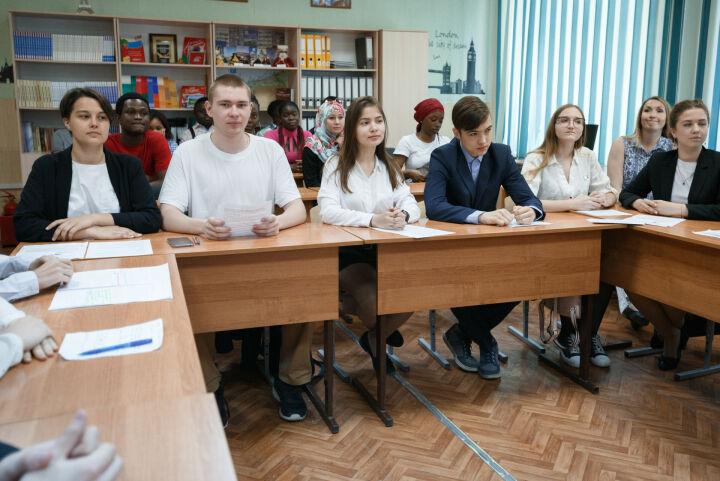 Парламентские уроки в школах Татарстана посвятят 100-летию ТАССР и 75-летию Победы