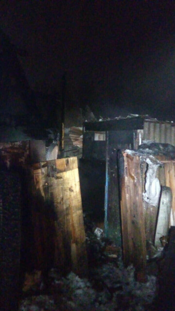 Под Бугульмой загорелась частная баня, пожилая хозяйка погибла в огне
