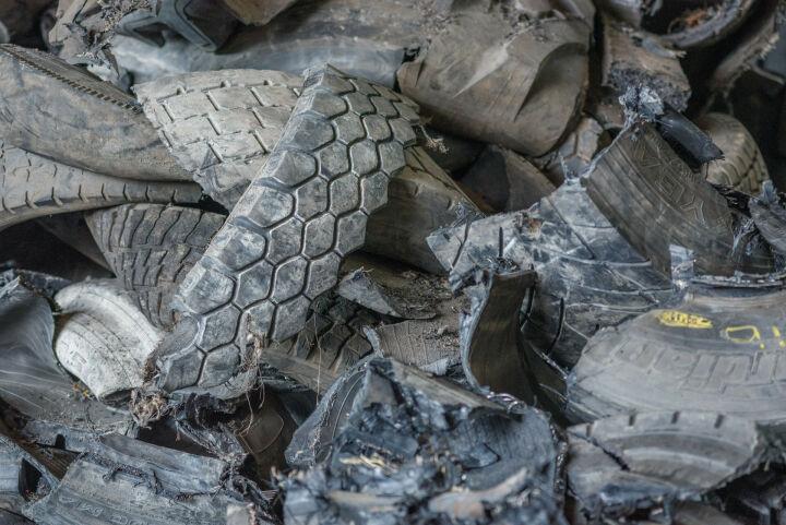 Перед переходом на зимнюю резину татарстанцам напомнили, как утилизировать шины