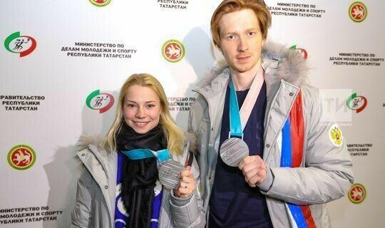 Тарасова и Морозов стали трехкратными чемпионами России в парном катании