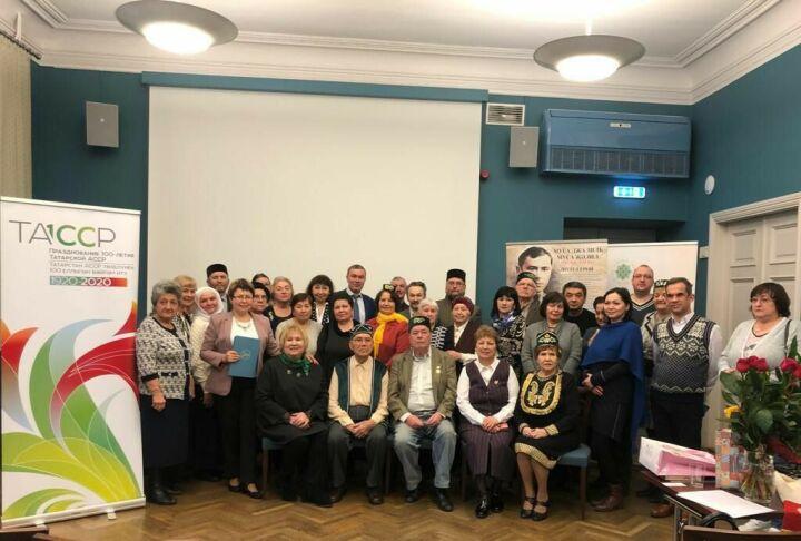 В Таллине представили перевод татарского эпоса «Идегей» на эстонский язык