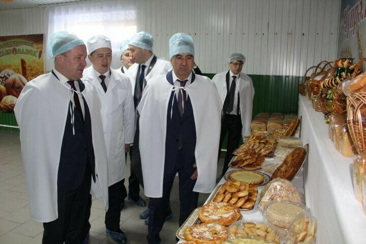 Дрожжановскому хлебозаводу вручили сертификат на использование знака «100 лет ТАССР»