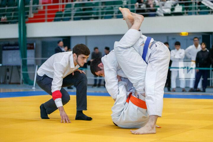 Путевку в хадж по итогам Кубка Марджани по джиу-джитсу выиграл Кэрим Эльгараев