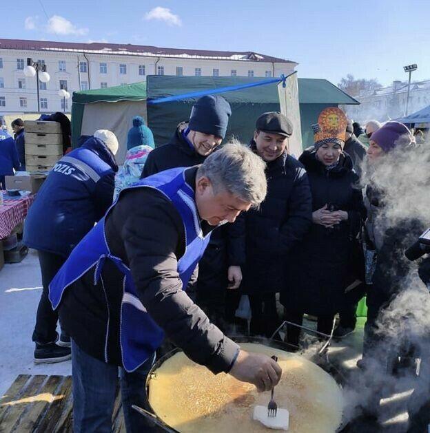 Жительницы Зеленодольска сразились в конкурсе самых вкусных блинов «БлинОК»