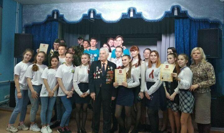 Ветеран ВОВ принял участие в школьном патриотическом фестивале в Зеленодольске