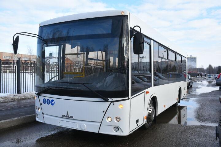 После «черного понедельника» челнинский перевозчик заторопился с выбором автобусов
