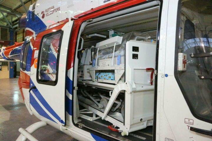 Медицинский «Ансат» оборудуют модулем для перевозки младенцев