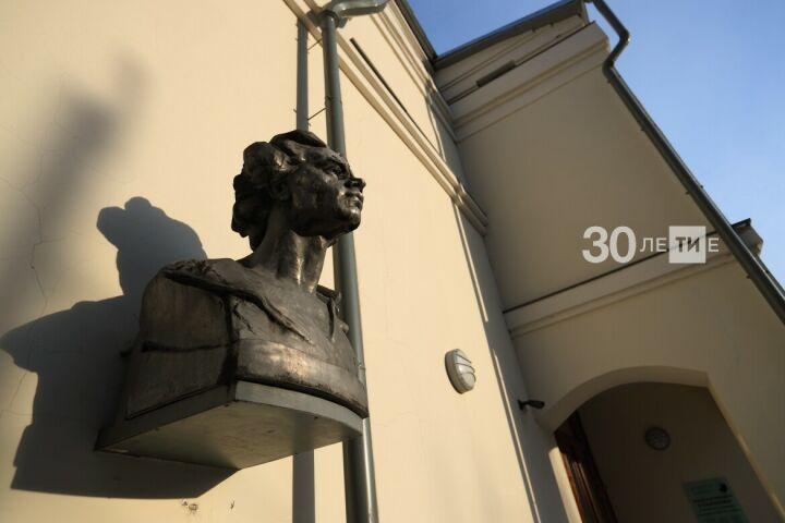 В Музее Горького и Шаляпина прочитают юмористические стихи на вечере «13-е. Пятница»