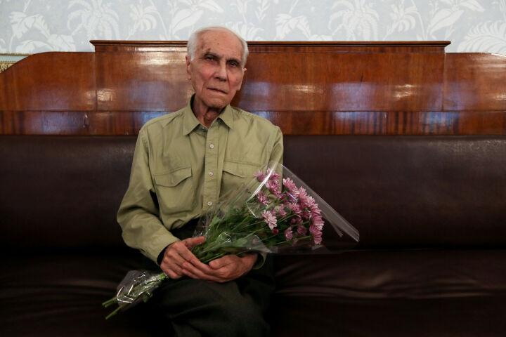 На 83-м году жизни скончался композитор Ренат Еникеев