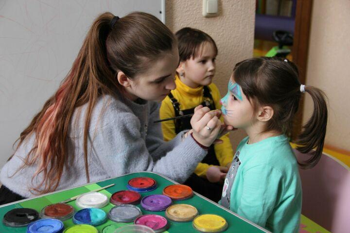 Предприниматели Заинска провели благотворительный праздник для детей