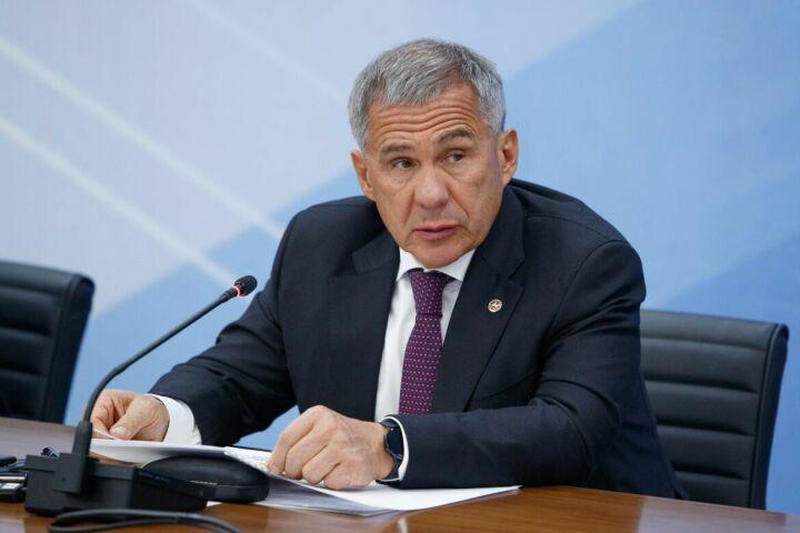 Минниханов принял участие в совещании Президента РФ с членами Правительства