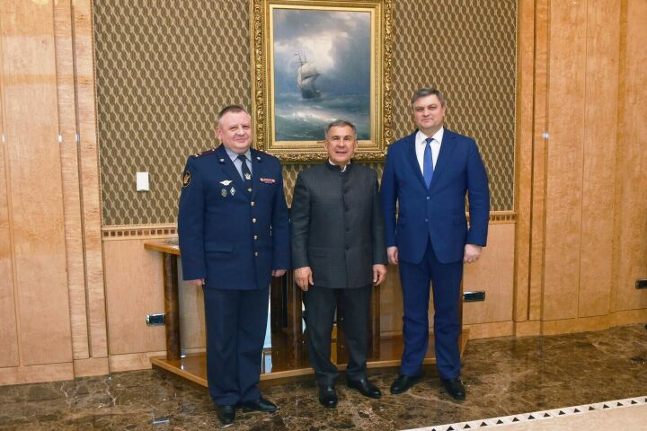 Рустаму Минниханову представили нового начальника УФСИН России по РТ