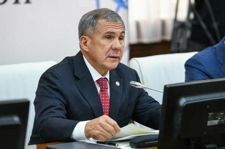 Казанский Кремль: Минниханов непланирует уходить «наудаленку»