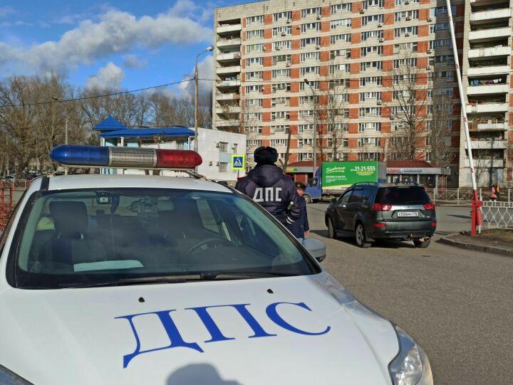 Пристегнулся сам, пристегни ребенка: в Казани инспекторы ДПС ловили нарушителей ПДД