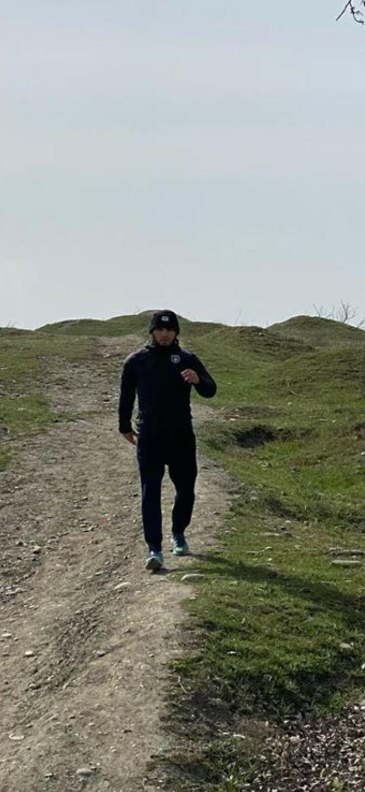 Хабиб Нурмагомедов опубликовал видео, в котором он тренируется в куртке ФК «Рубин»