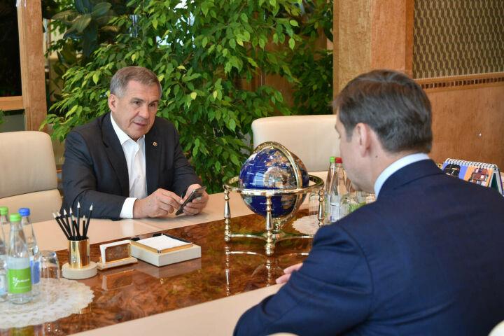 Минниханов встретился с замглавы «Ростеха» в канун российско-сербской межправкомиссии