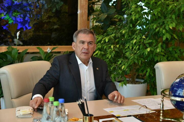 Президент РТ обсудил с гендиректором «Туполева» вопросы развития КАЗ имени Горбунова