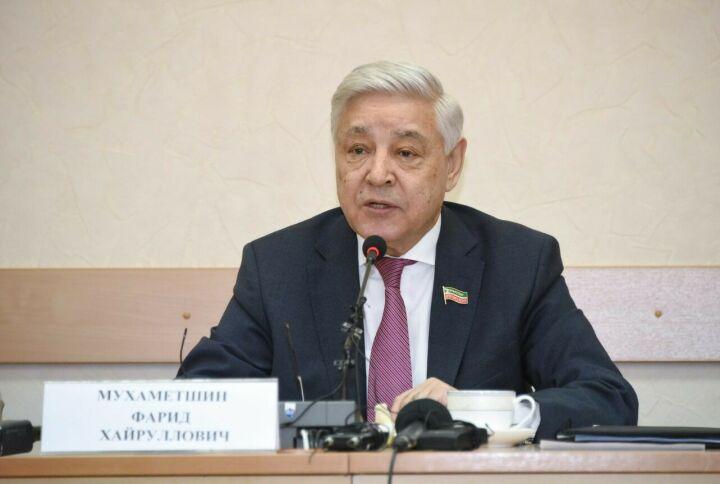 Мухаметшин: Путин согласился ограничить полномочия Президента РФ двумя сроками