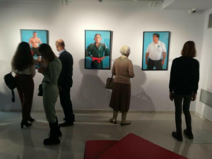 Тюбетейка на медведе и корэш: в ГСИ открылась выставка «Тартария. Новая топография»
