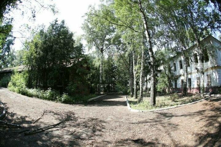 На участке у бывшего военного госпиталя в Казани создадут общественное пространство