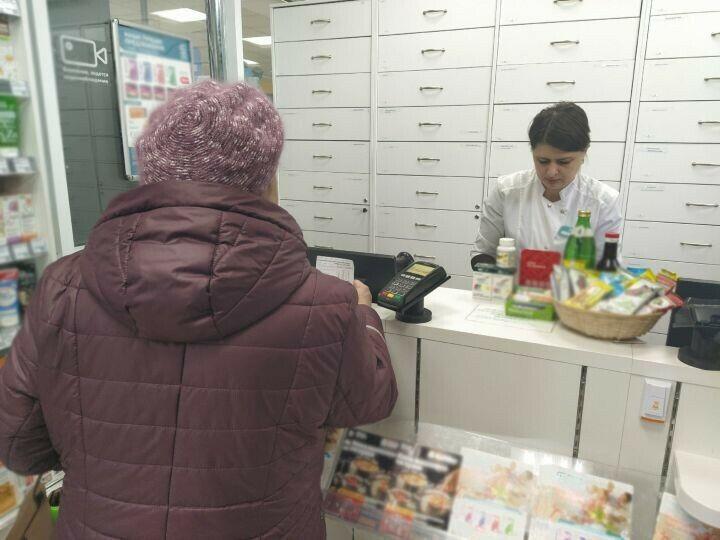 В аптеках Верхнего Услона ажиотажа с медицинскими масками не наблюдается
