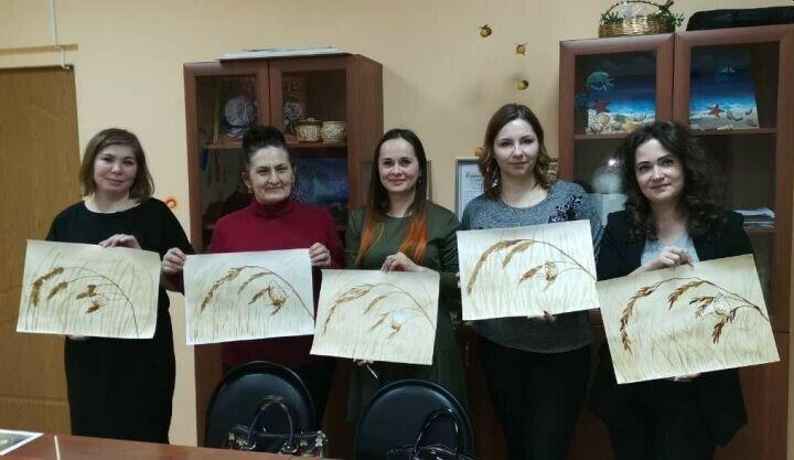 В Заинске стартовал новый проект «Рисование для взрослых»