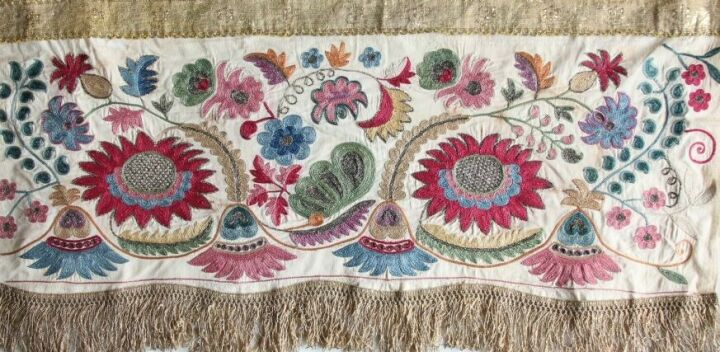 В Екатеринбурге откроется выставка об искусстве тамбурной вышивки татар