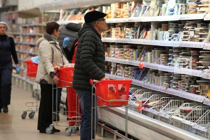 Татарстанцы стали реже ходить в магазин, но средний чек покупки вырос на 38%