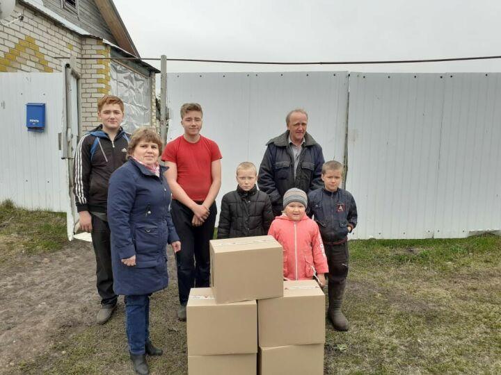 В Зеленодольск доставили свыше 2300 продуктовых наборов