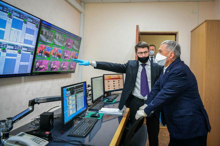 Минниханов ознакомился с работой телеканала «Татарстан 24»