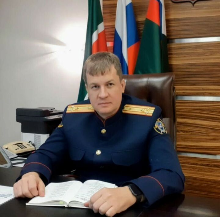 Глава СК Татарстана прочитал детям «Что такое хорошо» онлайн