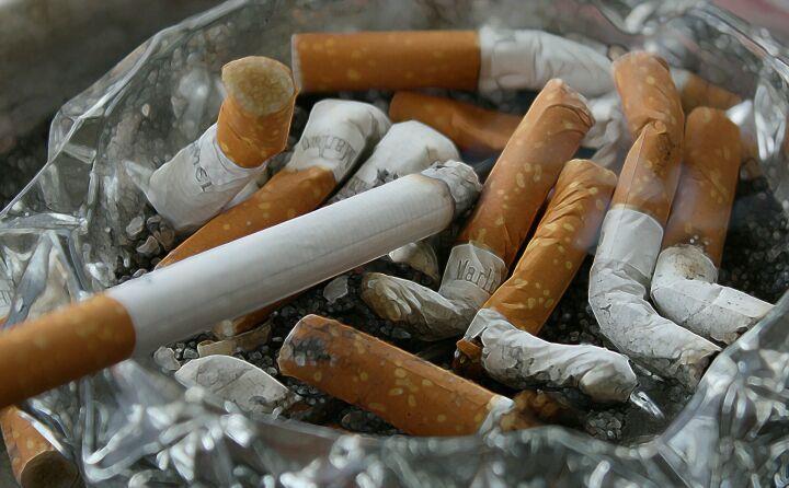 Эксперт заявил о большей тяжести Covid-19 у курильщиков