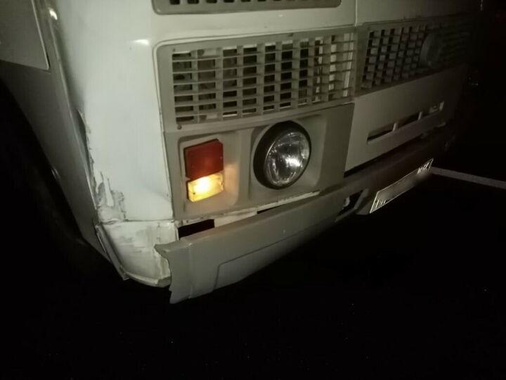 В Челнах автобус сбил мужчину, перебегавшего дорогу в темноте