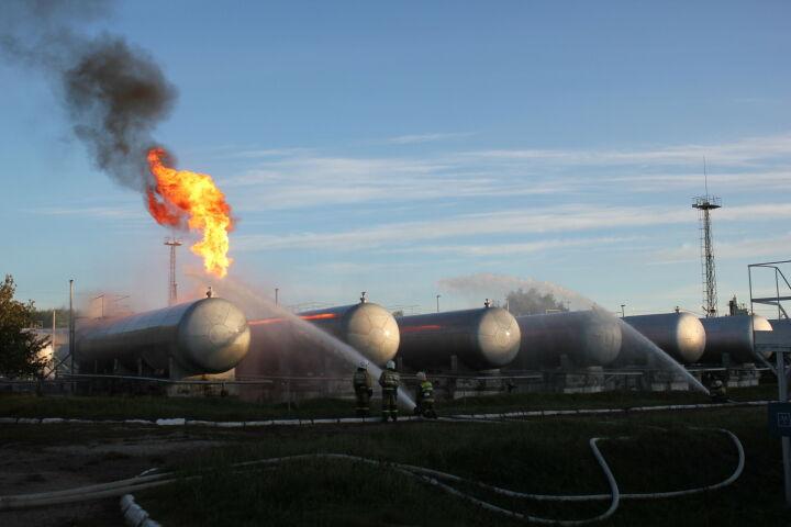 Режим ЧС введен в Казани из-за пожара на газораспределительной станции